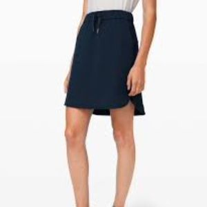 LULULEMON On The Fly Skirt Frontier Black